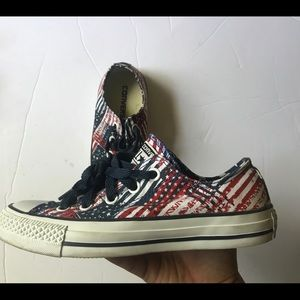 Converse All Star size 5.5 womens